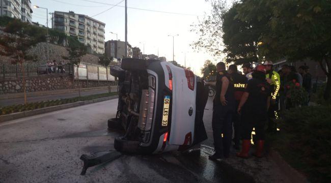 - İşaret levhasına çarpan araç takla attı: 1 yaralı