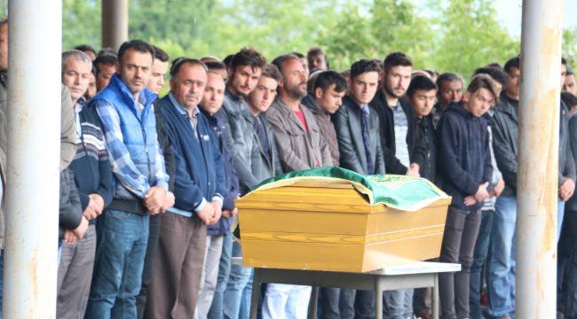 - Kaçak ocaktaki göçükte ölen 19 yaşında genç toprağa verildi