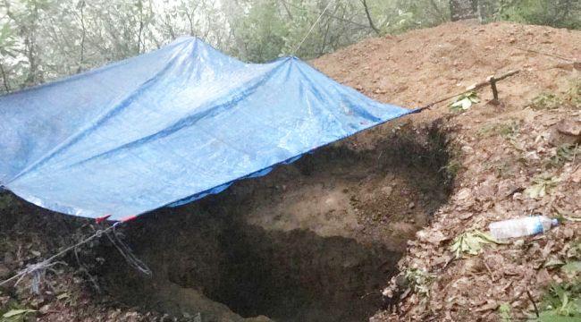Defineciler kazı alanında suçüstü yakalandı
