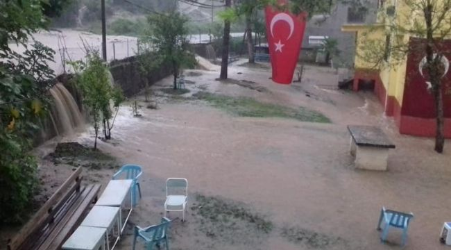 KDZ. EREĞLİ'DE SEL...