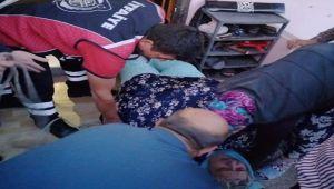 170 kilo ağırlığındaki yaşlı kadını itfaiye ekipleri taşıdı