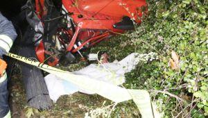 -Tır iki otomobile çarptı, şarampole uçtu: 1 ölü