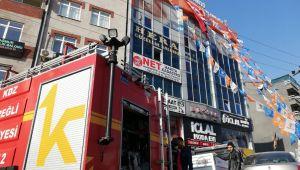 - AK Parti Kdz. Ereğli İlçe binasında yangın paniği yaşandı