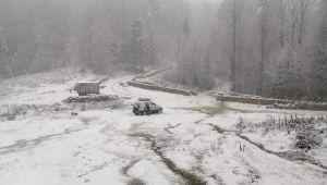 - Mevsimin ilk karı Gümeli'ye yağdı