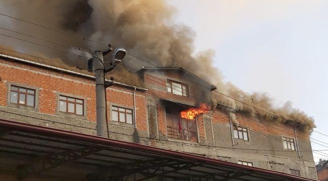 -Zonguldak'ta mobilya atölyesinden büyük yangın