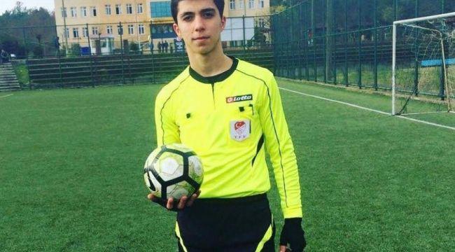 Hakemi yumruklayarak bayıltan oyuncu 1 yıl yeşil sahalardan men edildi
