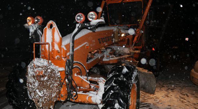 Karabük-Bartınyolunda kar yağışı