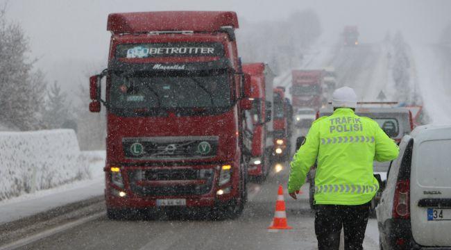 - Karabük'te tipi ve kar etkili oluyor