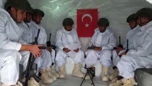 - Mehmetçik'ten miniklerin mektubuna duygulandıran cevap