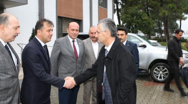 VALİ BEKTAŞ, EKONOMİ TOPLANTILARINDA...