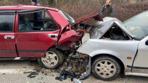 Yığılca yolunda kaza: 2'si çocuk 7 yaralı