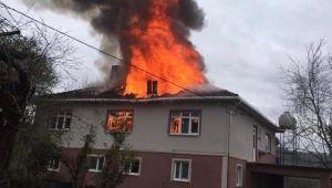 Köyde yangın paniği!