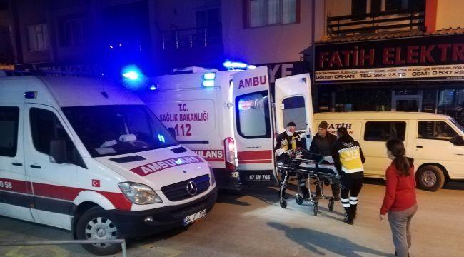 Pencereden düşen yaşlı kadın hastaneye kaldırıldı