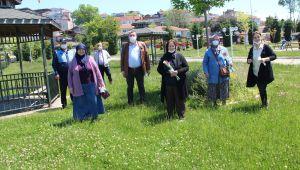 65 yaş üstü vatandaşlar güzel havanın tadını çıkarttı....