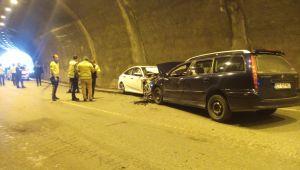- Yabancı plakalı araç tünelde ters yöne girdi: 3 yaralı