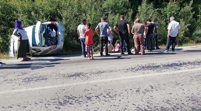 - Karabük'te trafik kazası: 4'ü çocuk 7 yaralı
