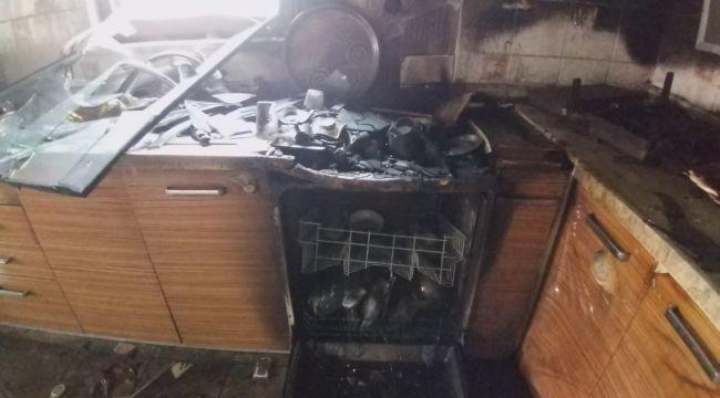 Mangal yaptığını sandıkları komşularının mutfağı yandı