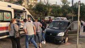 - Alaplı'da iki otomobil çarpıştı: 3 yaralı