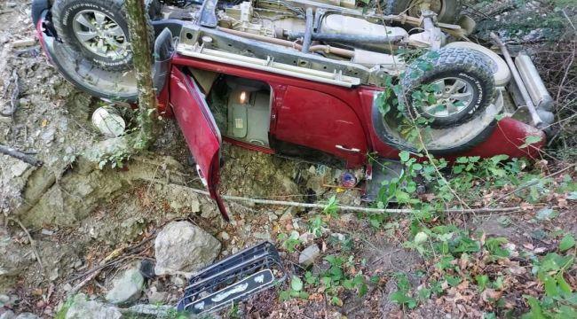 - Kamyonet uçuruma yuvarlandı: 1 ölü, 1 yaralı
