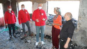 - Yangında evsiz kalan aileye Kızılay'dan yardım eli