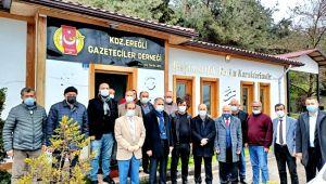 AK Parti Yönetiminden EGD'ye ziyaret...