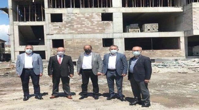 24 derslikli okul inşaatı sürüyor