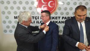 ÖZTÜRK ve 105 KİŞİ MHP'YE GEÇTİ...