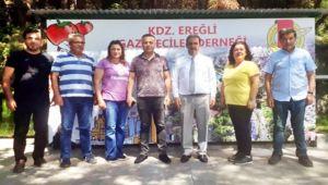 Emniyet Müdürü Çelik, gazetecilerin bayramını kutladı