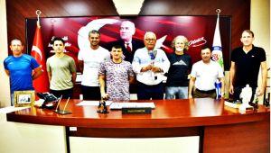 Posbıyık, Türkiye 2.si Paravolley Takımını kutladı (Video)