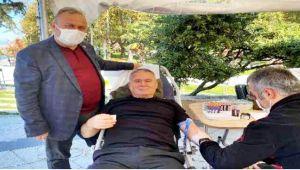 Korona virüsü atlattı, kan bağışında bulundu